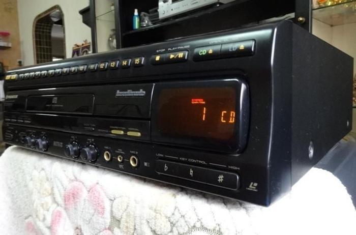 PIONEER CD / CDV / LD PLAYER CLD-2750K