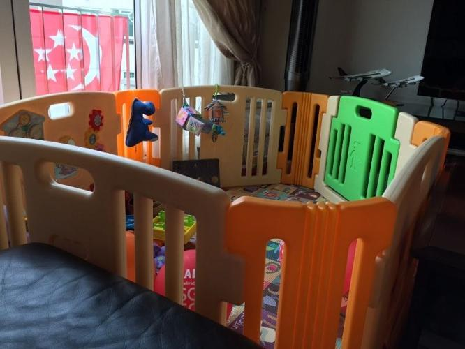 Playpen for baby and toddlers