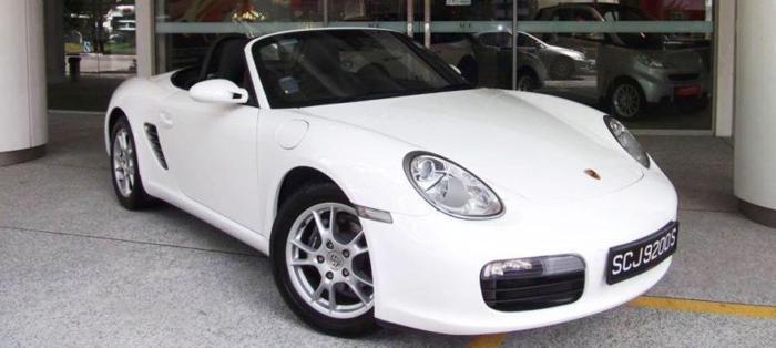 Porsche Boxster convertible ( white ) for rent