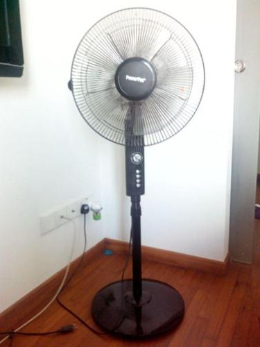 Powerpac stand fan superb conditon less noise..