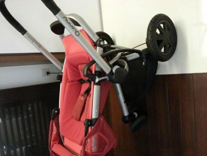QUINNY BUZZ Stroller Red.
