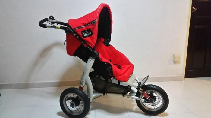Quinny FORMULA Speed stroller for sporty parents!