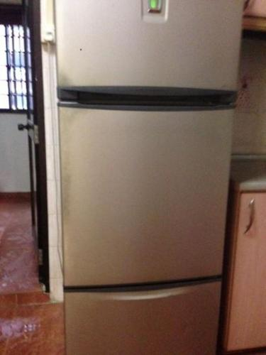 Refrigerator ~ In Good Working Condition