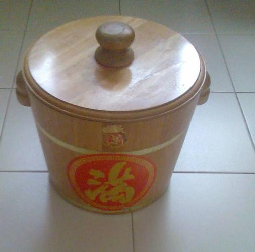 Rice Dispenser. In Designing Extraordinary Storage