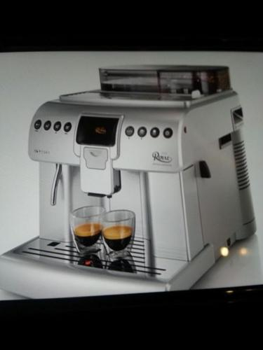 Saeco Philips super automatic expresso machine *Brand