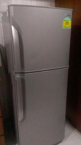 Samsung 2door 197L fridge for sale - $100