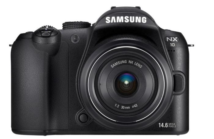 Samsung NX10 with 18-55mm