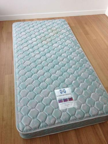 Sealy Single Size Mattress For Sale!!! Superb