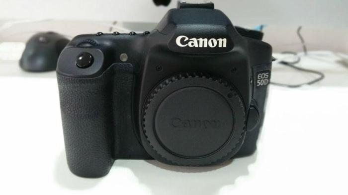Selling Canon 50D with 3 Lenses, Speedlite 580EX and