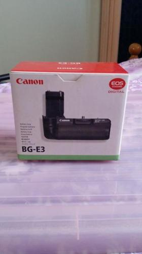 Selling Canon Camera Grip BG-E3