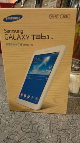 SELLING NEW SAMSUNG TAB 3 SEALED