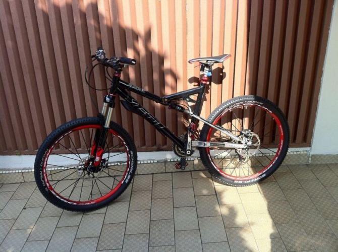 Selling Yeti ASR SL 2010 for Sale in Balestier Road