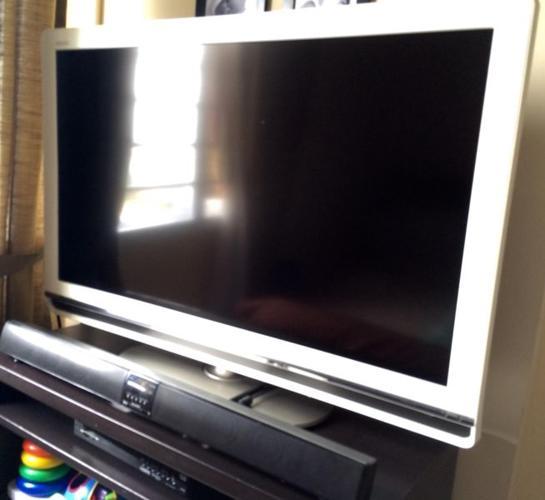 SHARP 40 inch LCD TV