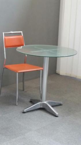 showroom furniture clearance