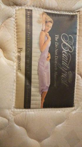 Simmons beautyrest pocketed spring king size mattress