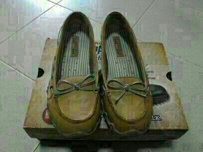 Skechers Loafers 100% Authentic!