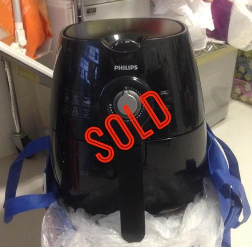 **SOLD!** Philips Air Fryer healthy cooking - black