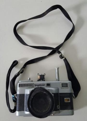 [SOLD] Vintage Camera