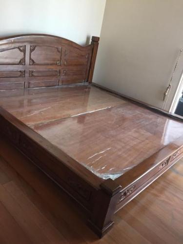 Solid teak wood King size bed