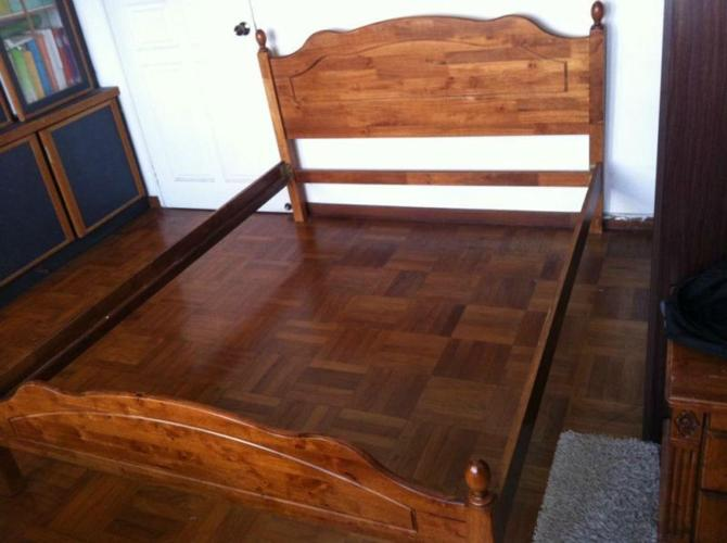 Solid wood quality queen bed frame