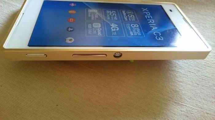 Sony Android Xperia C3 Snow White- Iphone 6+ Gold look for