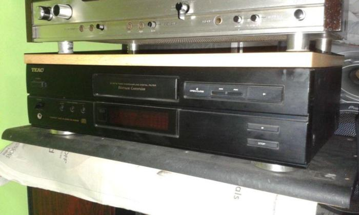 SPOILT AUDIOPHILE TEAC CD-P4500 PLAYER NEED TO REPLACE
