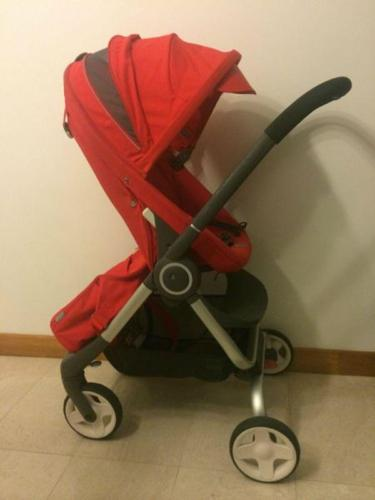 Stokke Scoot stroller and attachable changing bag (red)