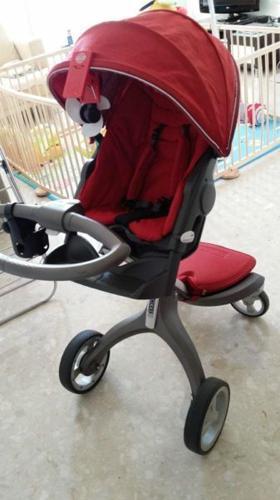 Inne rodzaje Stokke Xplory V2 Stroller (red) for Sale in Rivervale Link QX19