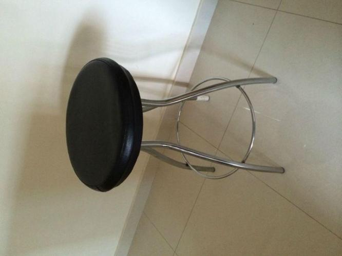 STOOL BAR FOR SALE