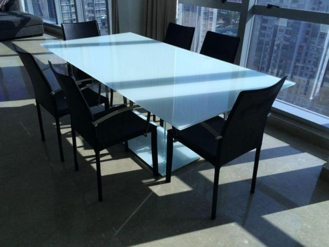 Stylish 6 Seater Glass Dining Table *MODERN*