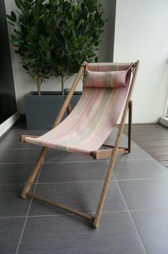 Super comfortable Deck Chair with Neck Pillow