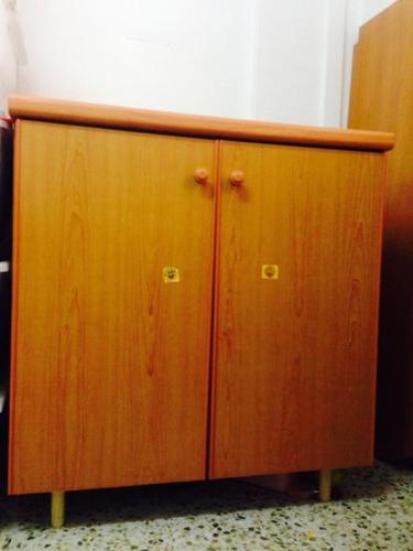Table/caninet/wardrobe - all in 1.