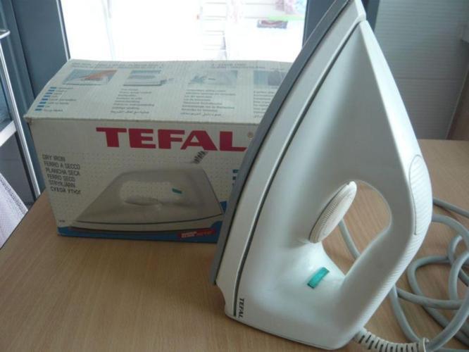 TEFAL dry iron