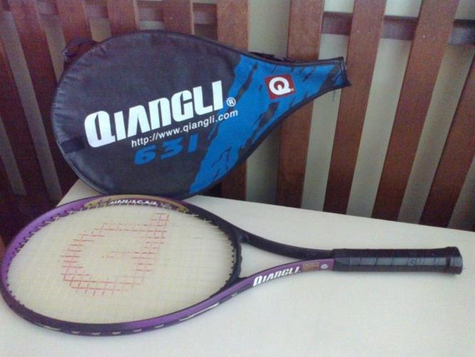 Tennis racket & dumper