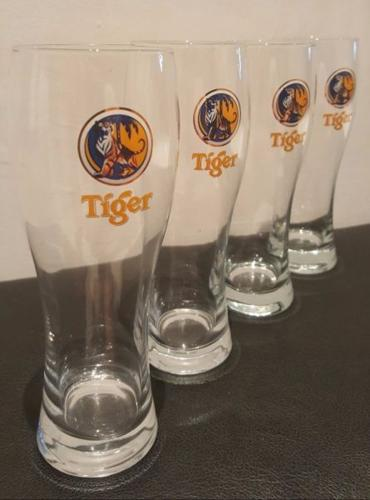 Tiger Beer Tall Mug Glass 475 ml (Set of 4 pieces)