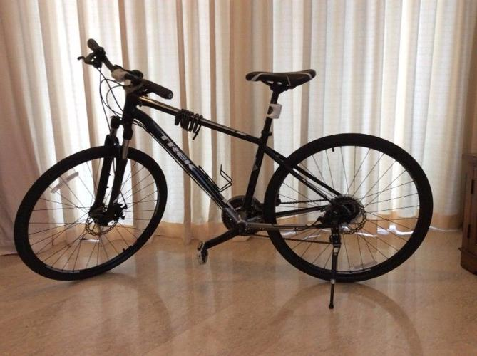 Trek hybrid 8 3 DS bicycle for Sale in Holland Hill, West
