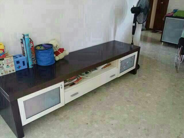 TV console - white and brown colour