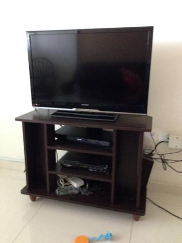 TV Stand (small)