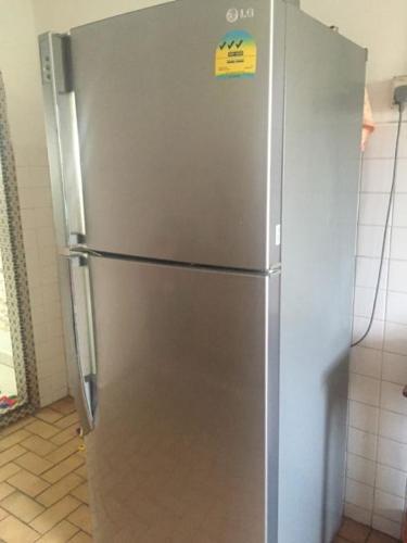 ***URGENT*** Excellent LG 380L Refrigerator on sale