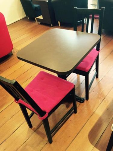 Used F&B Dining Tables & Chairs for Sale