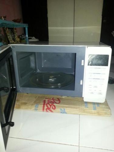 Used LG microwave