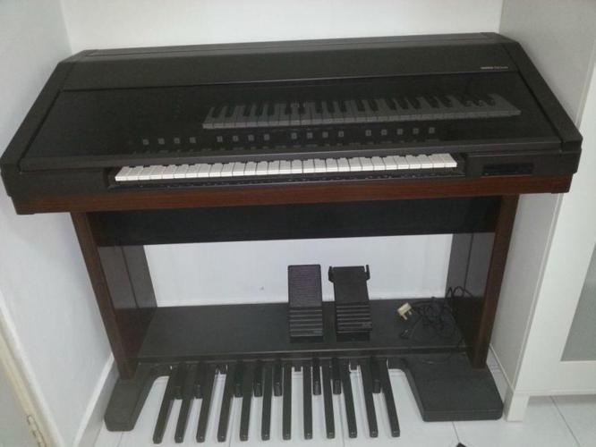 Used Yamaha Electone EL-90 Organ Good Condition for Sale in
