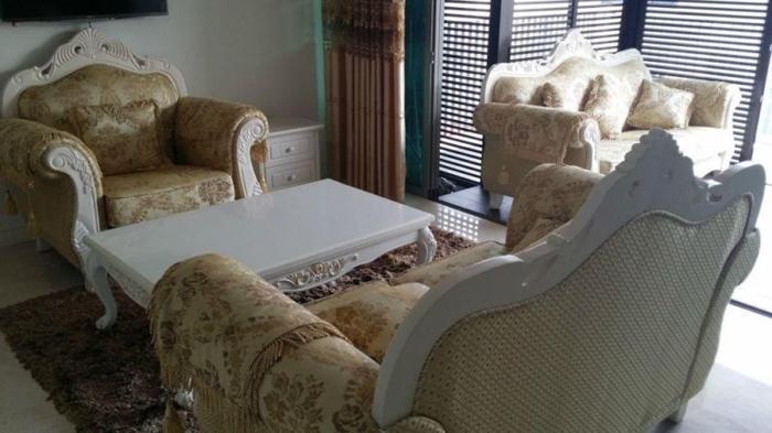 Victorian Style Sofa Set