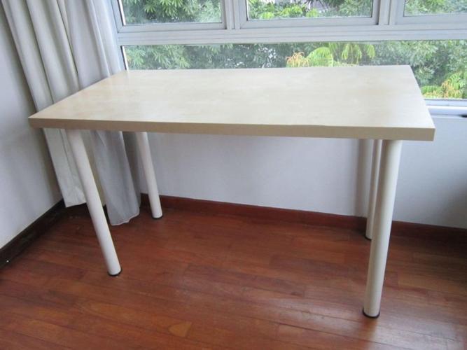 Vika Amon Ikea Study Table