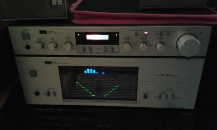 VINTAGE SANSUI C-77 PRE-AMP & B-77 POWER-AMP FOR SALES.