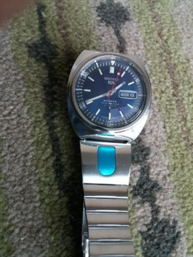 Vintage SEIKO5 SPORTS WATER 70 RESIST