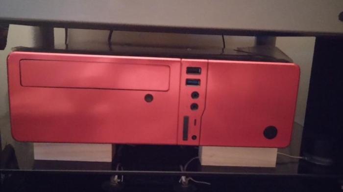 VIOS Slim Case Micro ATX / MITX Red color with 450W