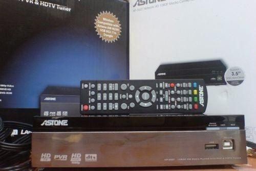 Vivid TV Box (Analog TV box, use with LCD monitor for Sale in Lorong