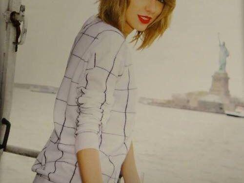 Want to buy Taylor swift 1989 cat 1/2 tickets!