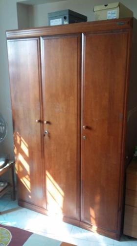 wardrobe $75